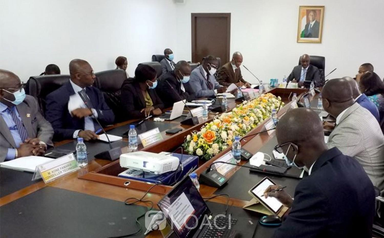 Côte d'Ivoire : Ministère de la Modernisation de l'Administration et de l'Innovation du Service Public, Roger  Adom présente ses hommes pour réussir sa mission