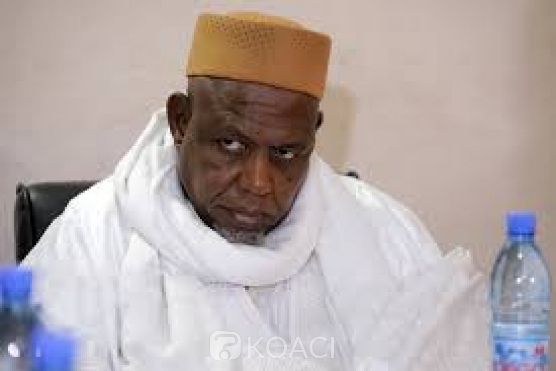 Mali : L'imam Mahmoud Dicko pointe la France du doigt et dresse le bilan des manifestations
