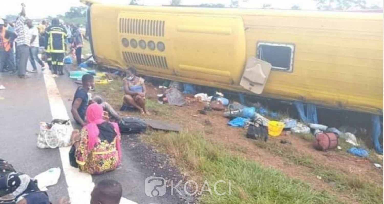 Côte d'Ivoire : Une sortie de route d'un car de transport dans une localité de Toumodi fait 2 morts et 65 blessés