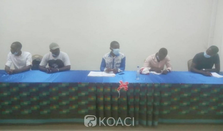 Côte d'Ivoire: Trouvant les frais d'inscription élevés,  des étudiants de Cocody, « nous mettons en garde le président de l'université...»