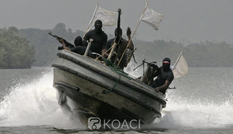 Nigeria : Cinq marins  chinois pris en otage par des pirates armés au large