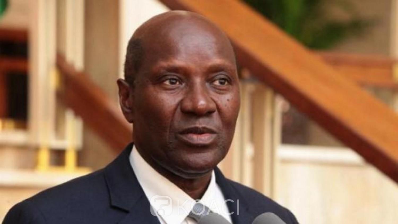 Côte d'Ivoire : Alassane Ouattara répond à la demande de démission de Duncan et signe un décret mettant fin à ses fonctions