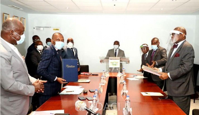 Côte d'Ivoire : Signature de l'avenant N°1 de la convention minière entre l'Etat de Côte d'Ivoire et une société d'exploitation pour le développement de la bauxite