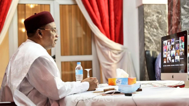 Côte d'Ivoire : Sommet extraordinaire de la CEDEAO, Mahamadou Issoufou aux maliens : «Cette situation exige de vous un sursaut national »