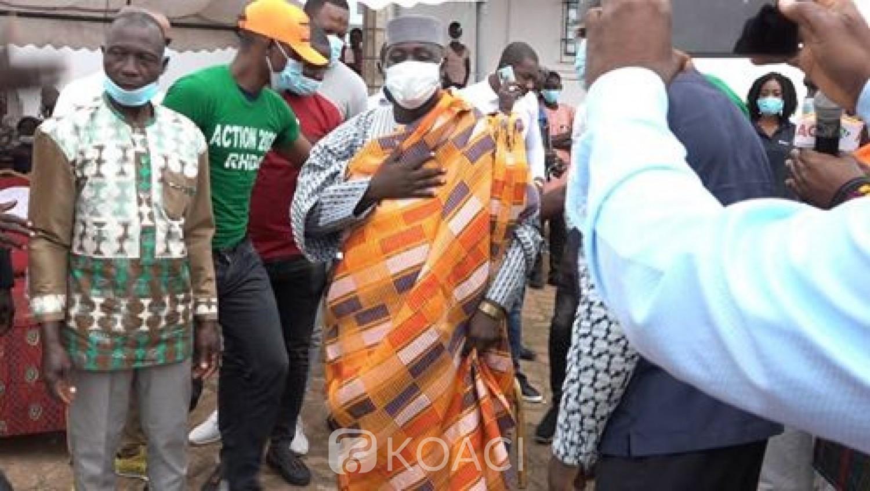 Côte d'Ivoire : Alépé, la jeunesse célèbre Hamed Bakayoko pour sa nomination au poste de premier ministre
