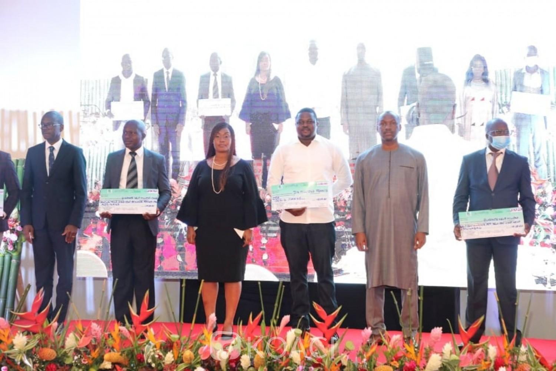 Côte d'Ivoire : Financement de projets structurants, le Gouvernement octroie 776.088.044 de FCFA à 30 promoteurs pour un objectif de  création de 845 emplois potentiels