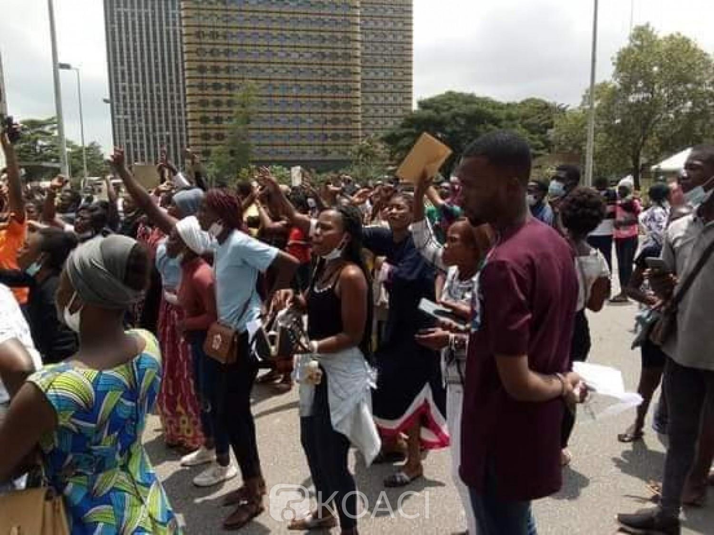 Côte d'Ivoire : Baccalauréat 2020, accusés de fraude, plusieurs candidats manifestent au Plateau