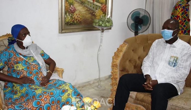 Côte d'Ivoire : Mabri informe Simone Gbagbo de son retrait du RHDP et son revirement  à l'opposition