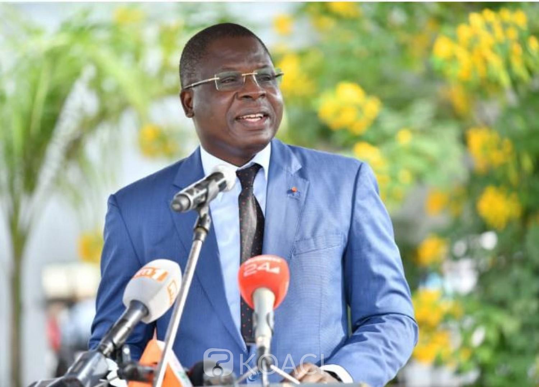 Côte d'Ivoire : Le Ministre Amédé Kouakou procède au lancement des travaux de bitumage de 15 km de voirie à Bingerville