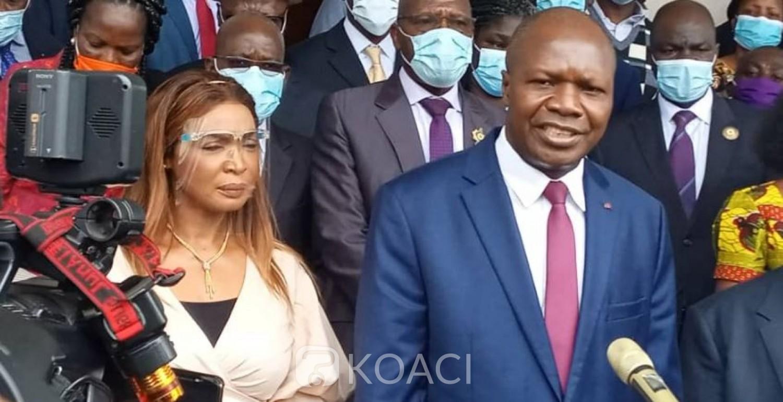 Côte d'Ivoire : Présidentielle d'Octobre, Mabri dépose son dossier de candidature, EDS complète celui de Gbagbo