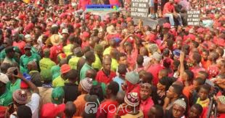 Guinée : 3ème mandat d'Alpha Condé, le FNDC en « colère » annonce des marches décisives