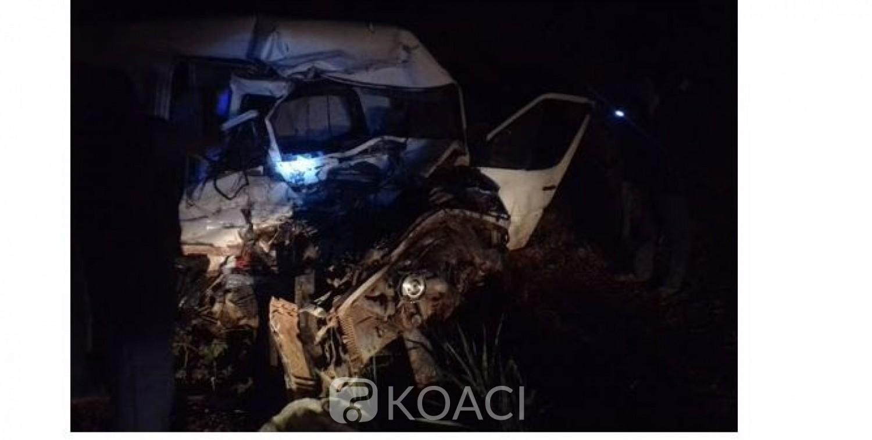 Côte d'Ivoire : Drame, à Nassian, une sortie de route d'un véhicule de transport fait 2 morts et des blessés