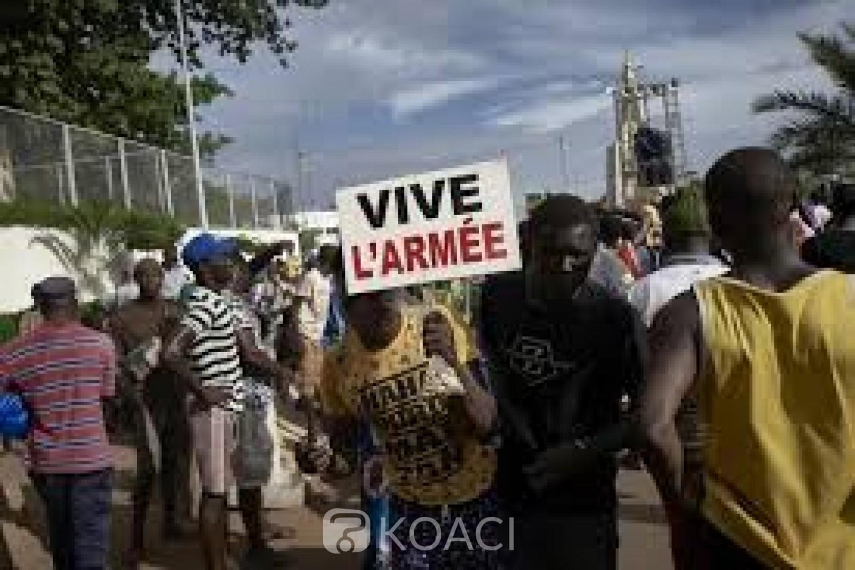 Mali : Manifestation de soutien à la junte au pouvoir, sous pression de la CEDEAO