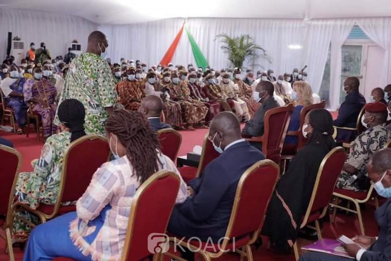 Côte d'Ivoire :    Depuis Bongouanou, Alassane Ouattara annonce une augmentation du prix kilo du cacao pour la campagne commerciale 2020-2021