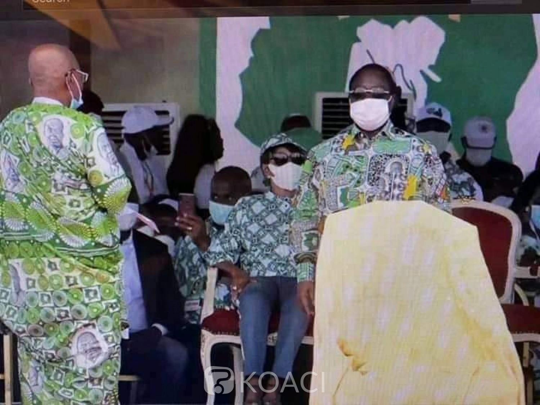Côte d'Ivoire:    Bédié depuis Yamoussoukro: « les sages de notre pays montrent la voie de la paix, ils s'obstinent à violer la constitution, à se parjurer en voulant un 3ème mandat »