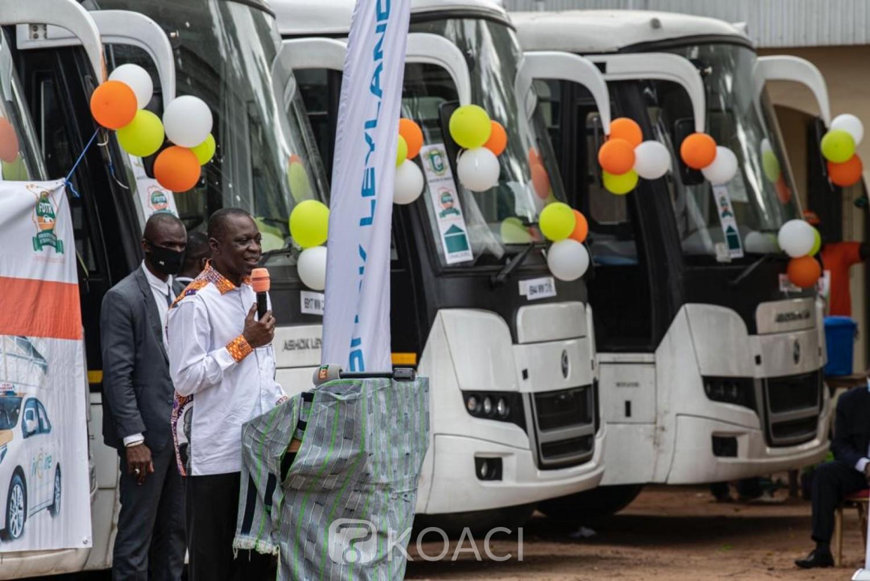 Côte d'Ivoire :    Marahoué, 15 entreprises de transports bénéficient de véhicules neufs dans le cadre du renouvellement du parc automobile