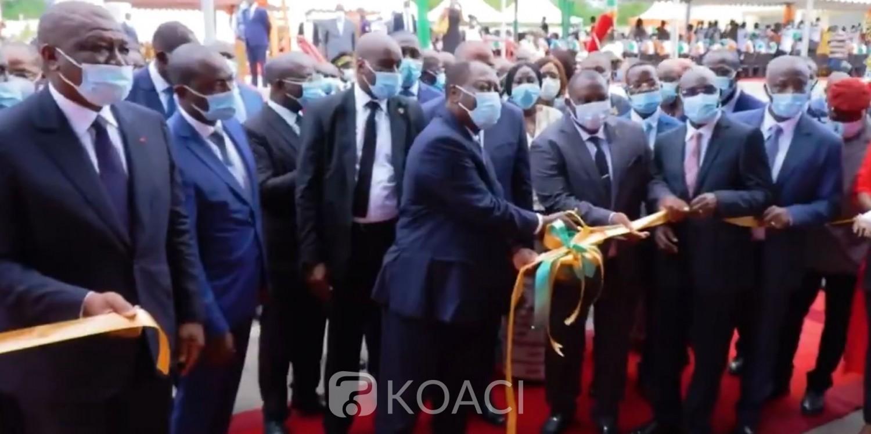 Côte d'Ivoire : Yamoussoukro, après avoir fixé le prix bord champ du cacao, Ouattara inaugure une usine-école de noix de cajou