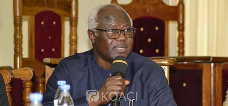 Sierra Leone :  L'ancien Président Koroma et 130 autres personnes interdit de sortie