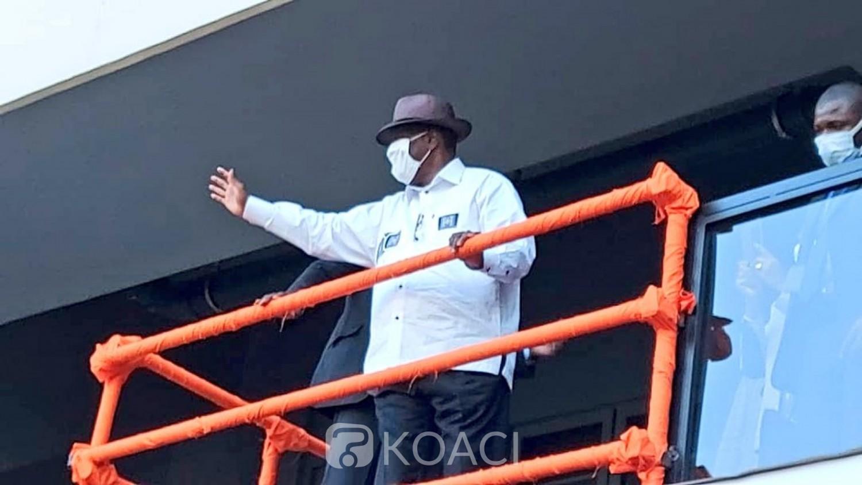 Côte d'Ivoire : Alassane Ouattara inaugure le stade Olympique d'Ebimpé qui porte son nom et promet de nombreux emplois à la jeunesse