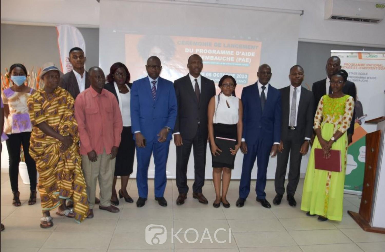Côte d'Ivoire : 500 étudiants reçoivent offres de stages rémunérés