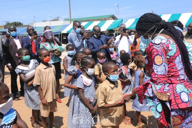 Côte d'Ivoire:    Rentrée scolaire 2020-2021, Kandia à Sassandra, annonce la distribution gratuite de 4.900.113 kits scolaires pour un coût de 9.923.309.554 FCFA