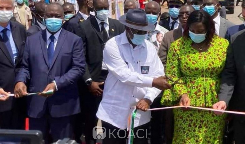 Côte d'Ivoire : Cible au Stade FHB, Ouattara inaugure un axe routier au Nord