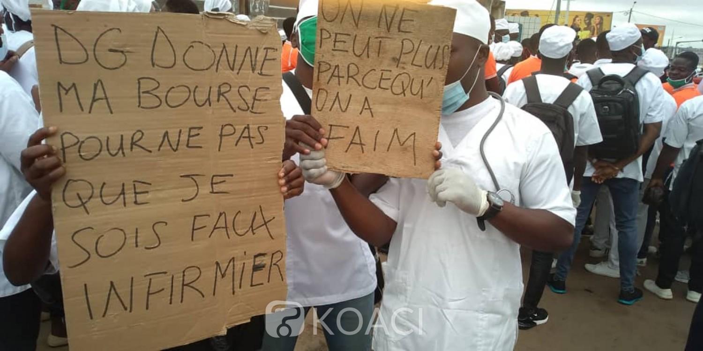 Côte d'Ivoire : Bouaké, réclamant des mois d'arriérés de bourse par une manifestation, des étudiants dispersés