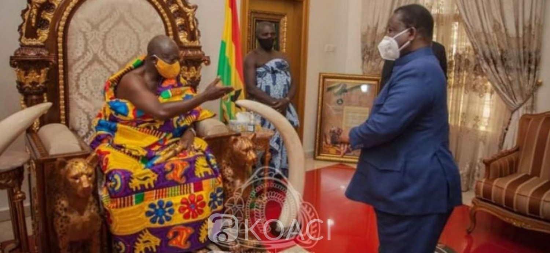 Côte d'Ivoire : Bédié suspecté de « deal » avec Ouattara, de retour du Ghana après avoir été reçu par le roi des Ashanti