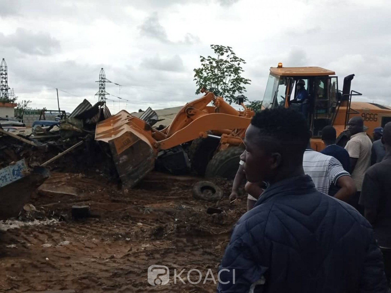 Côte d'Ivoire : Elargissement de la voie de sortie Est d'Abidjan, des installations anarchiques détruites à N'Dotré