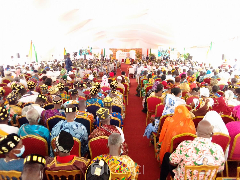 Côte d'Ivoire : Bouaké, en attendant l'ouverture de la campagne, Ouattara échange avec les rois du Gbêkê