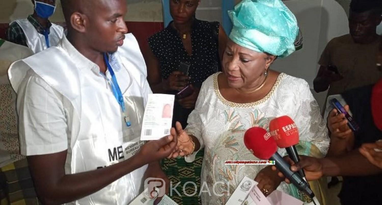 Guinée : Candidate à la Présidentielle, Makalé Camara empêchée de voter faute de carte