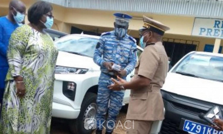 Côte d'Ivoire : Anne Ouloto avec l'appui du  Ministère de la décentralisation  concrétise ses engagements dans le Cavally en dotant les brigades de gendarmerie  de véhicules