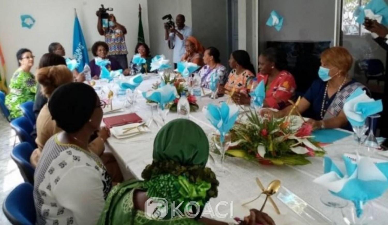 Côte d'Ivoire : Pour l'apaisement, Kandia Camara,  Léopoldine Coffie, Marie Odette Lorougnon et  Danielle Boni Claverie réunies autour d'une même table