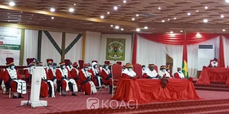 Burkina Faso : 13 candidats retenus définitivement pour la présidentielle