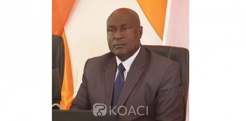 Côte d'Ivoire : Cavally, affaire d'un drapeau à l'effigie d' Alassane Ouattara, le DG du conseil régional réagit et appelle à ne pas politiser les rapports entre les frères de la région