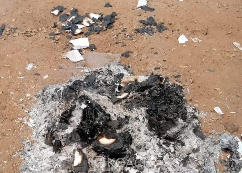 Côte d'Ivoire : Pas payés, les agents scrutateurs de Bangolo vandalisent les locaux de la sous-préfecture et mettent le feu aux documents
