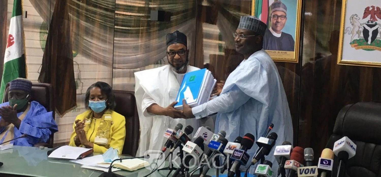 Nigeria :  Démission du président de la CENI