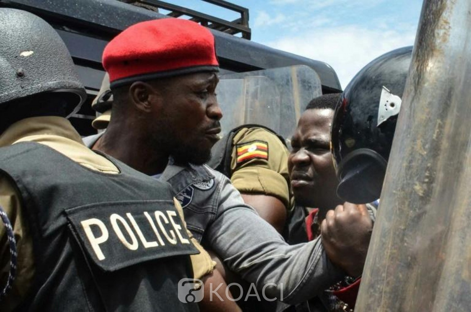 Ouganda : Arrestation de Bobi Wine, 28  morts en deux jours d'affrontements
