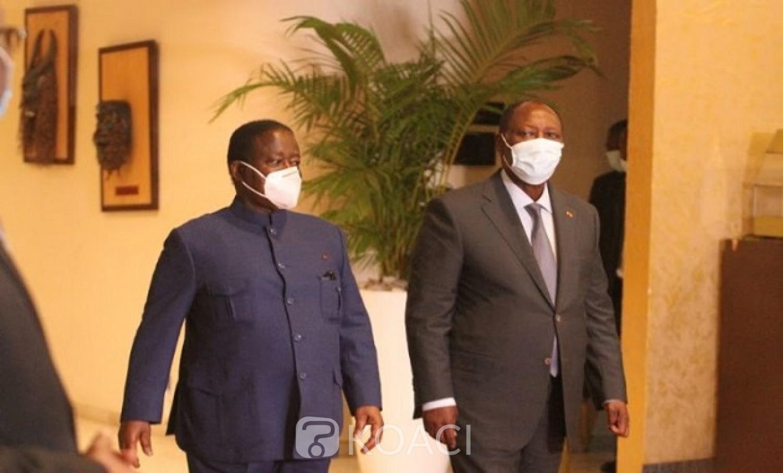 Côte d'Ivoire : Contrairement à l'annonce devant les atchans, Ouattara et Bédié « se parlent en permanence », selon le Gouvernement
