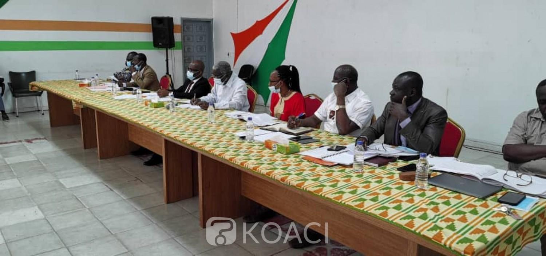 Côte d'Ivoire : Réélu avec le soutien de sa population, le président Ouattara offre 20 kilomètres de bitume de plus à Bouaké