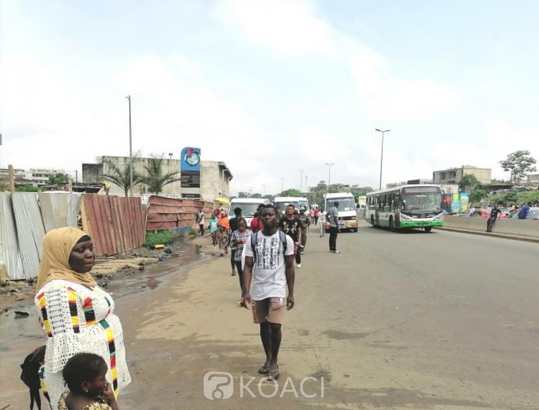 Côte d'Ivoire : Abobo -Adjamé, grève de transporteurs, plusieurs riverains rejoignent à pieds leurs lieux de travail