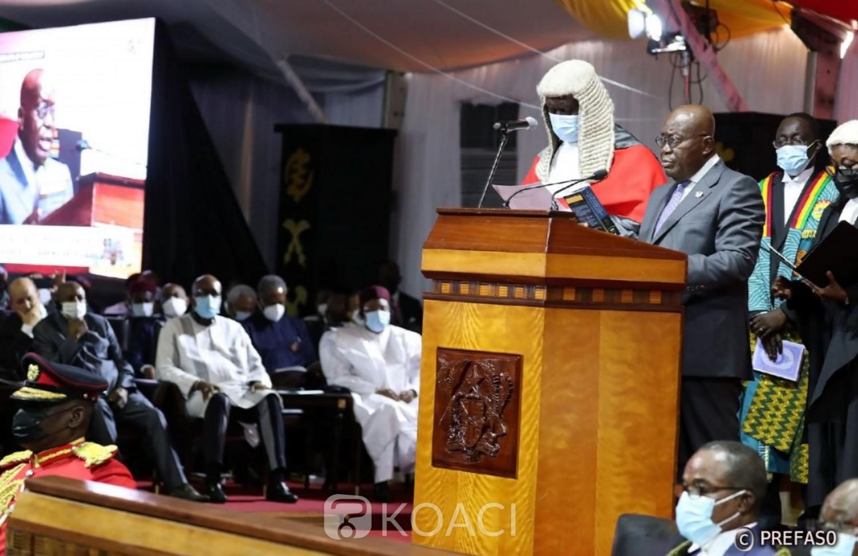 Ghana :  Akufo-Addo prête serment et contraint de travailler avec un opposant à la présidence du parlement