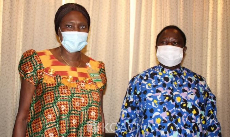 Côte d'Ivoire : Simone Gbagbo en visite de courtoisie chez le couple Bédié, précise qu'elle n'a pas abordé la question des législatives