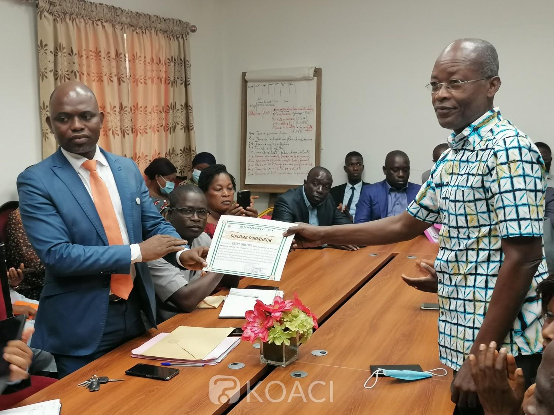 Côte d'Ivoire :    Ministère du Commerce, le SYNAMIC-CI, plaide pour la revalorisation des primes des agents et invite le ministre à la signature qui défini clairement la répartition des ressources