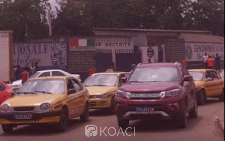 Côte d'Ivoire :    Abobo, des voleurs s'attaquent aux passagers des mini-cars et woro-woro au cours de leur voyage
