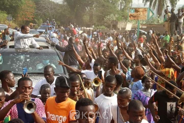Côte d'Ivoire : Après sa détention, Affi en tournée chez ses parents dans le Moronou