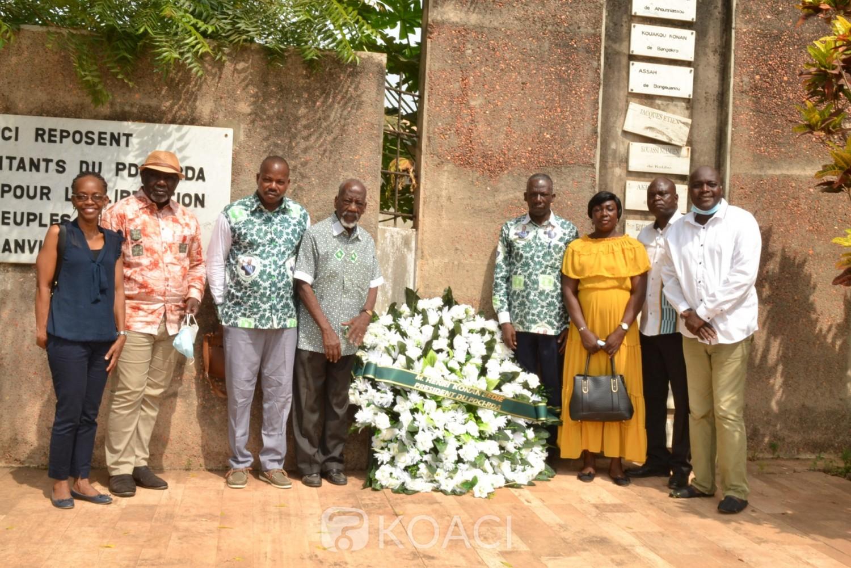 Côte d'Ivoire :    PDCI-RDA, 71 ans après, Bédié honore les martyrs du 30 janvier 1950, une couronne déposée dans le cimétière de Dimbokro