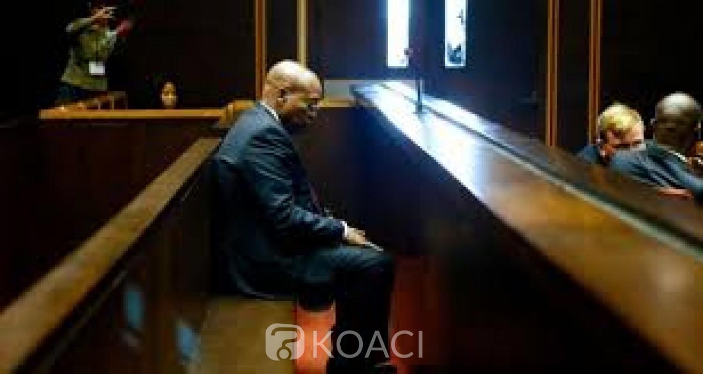 Afrique du Sud : « Corruption », Zuma défie la cour constitutionnelle et refuse de témoigner