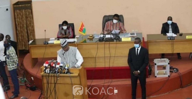 Burkina Faso : Le président du parlement favorable à une limitation du nombre de partis politiques