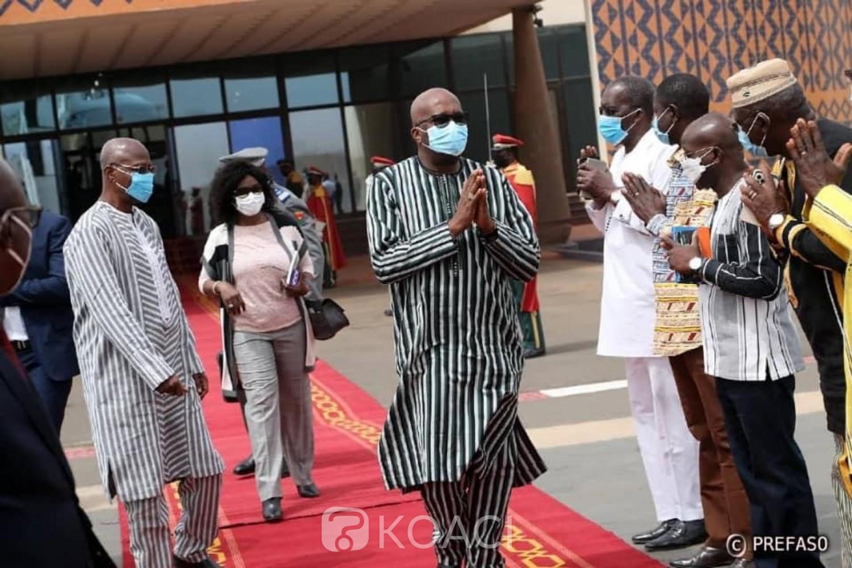 Burkina Faso : lutte contre le terrorisme, le président Kaboré à Paris et Bruxelles